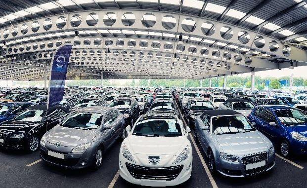 Người Việt đã chi gần 2 tỷ USD cho ôtô nhập